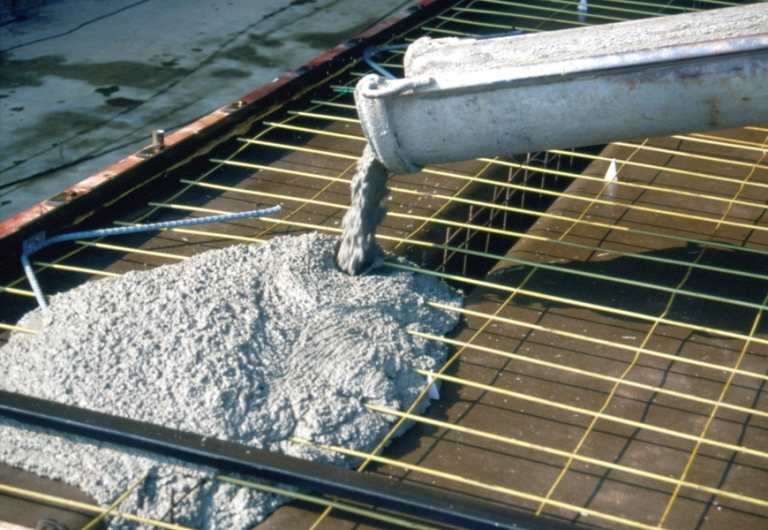 Сколько цемента в бетоне