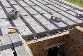 Строительство из железобетонных пустотных плит