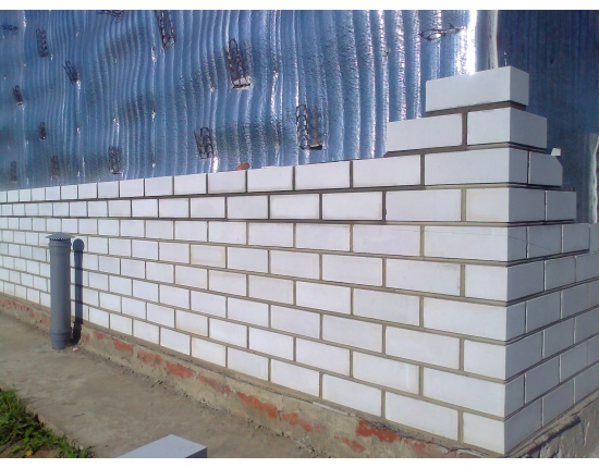 Возведение стен из силикатного кирпича